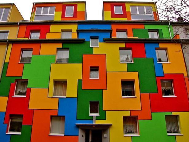 Színpompás ház